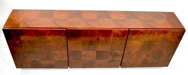 Baughman Credenza Server Sideboard Patchwork Veneer on Bright Chrome Plinth  In Good Condition For Sale In New York, NY