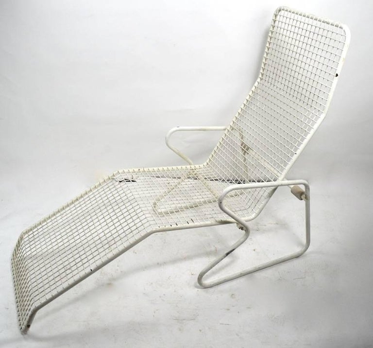 Two Metal Chaise Longues by Erlau AG Design Attributed to Karl Fichtel In Good Condition For Sale In New York, NY