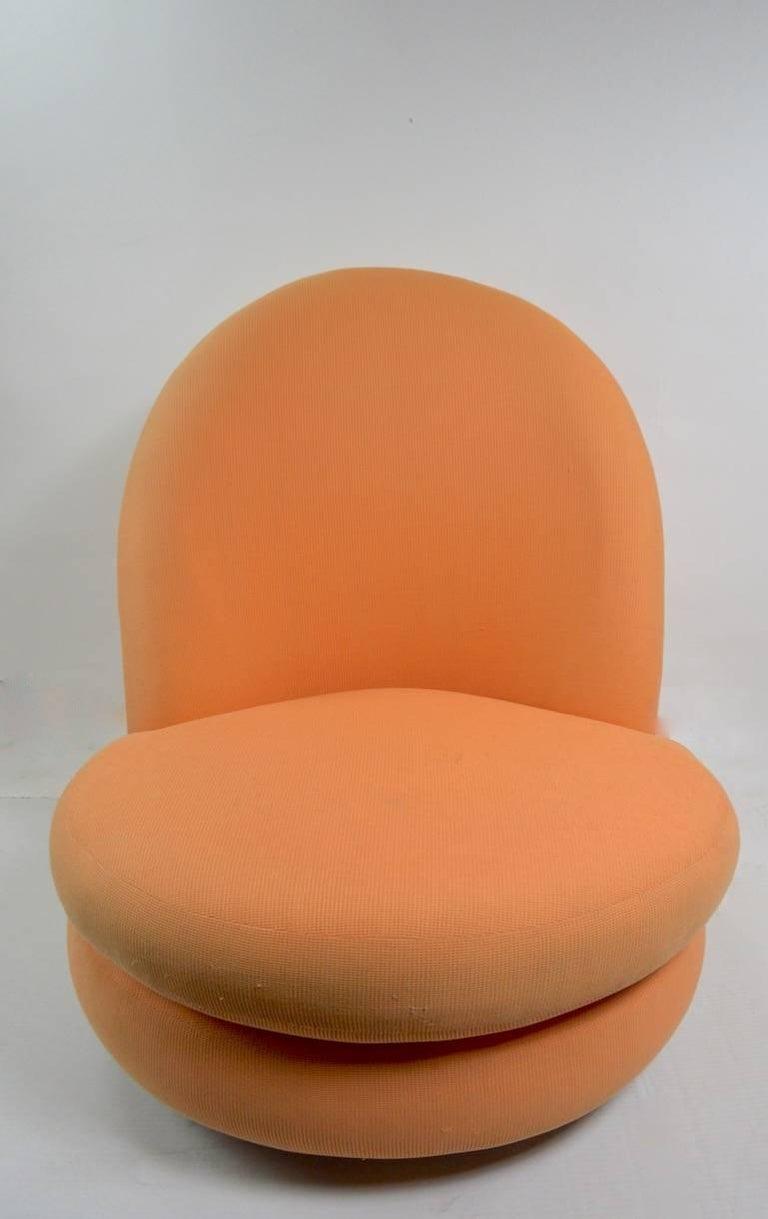 Mid-Century Modern Milo Baughman Swivel Tilt Lounge Chair For Sale