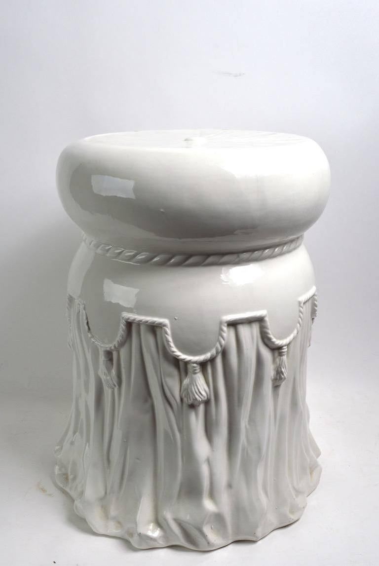 High glaze white on white ceramic table, or plant stand, of tassel form. Decorative interpretation of earlier Venetian style, probably Italian, circa 1970s-1980s. Free of damage, chips cracks or repairs, minor loss to glaze at top surface, factory
