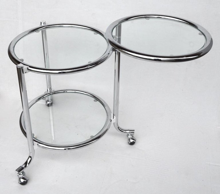 Rolling Chrome Bar Serving Cart with Chrome Rings In Excellent Condition For Sale In New York, NY