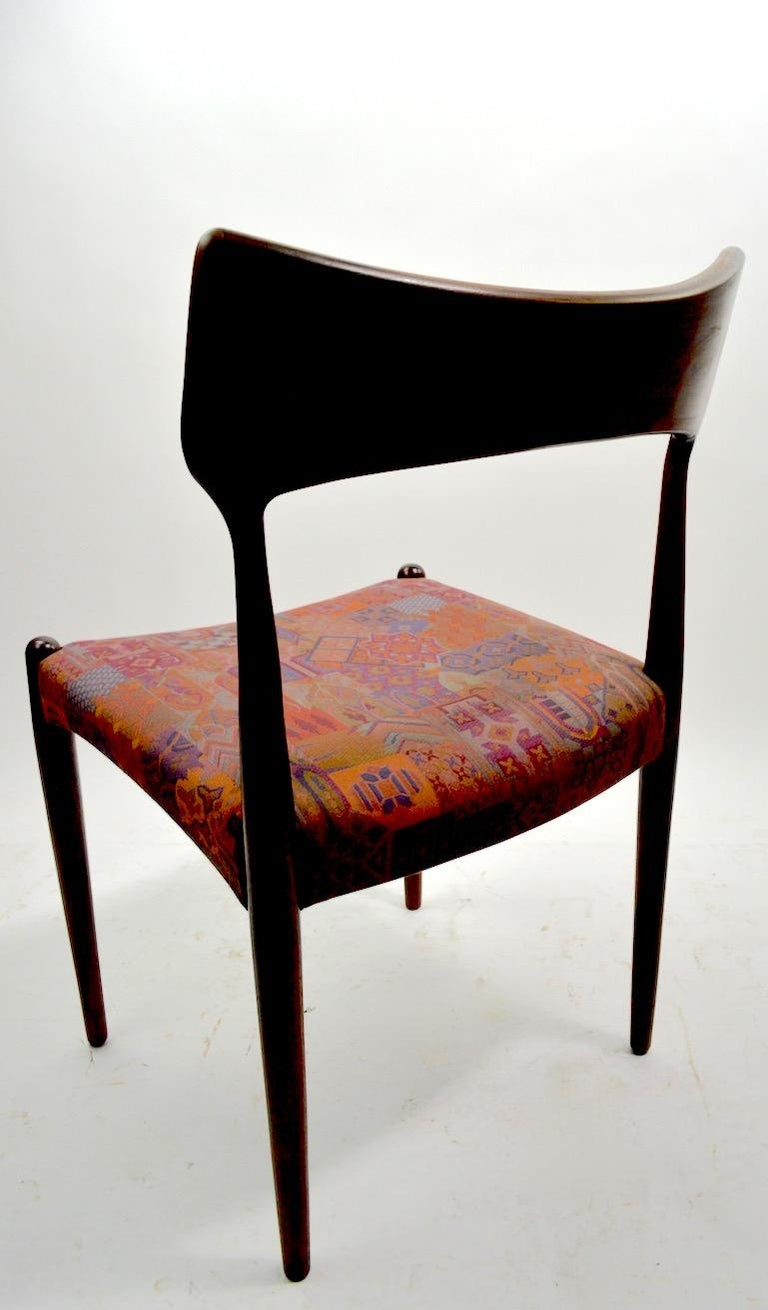 Scandinavian Modern Set of Four Danish Mid Century Dining Chairs in Rosewood Attributed to AM Mobler For Sale