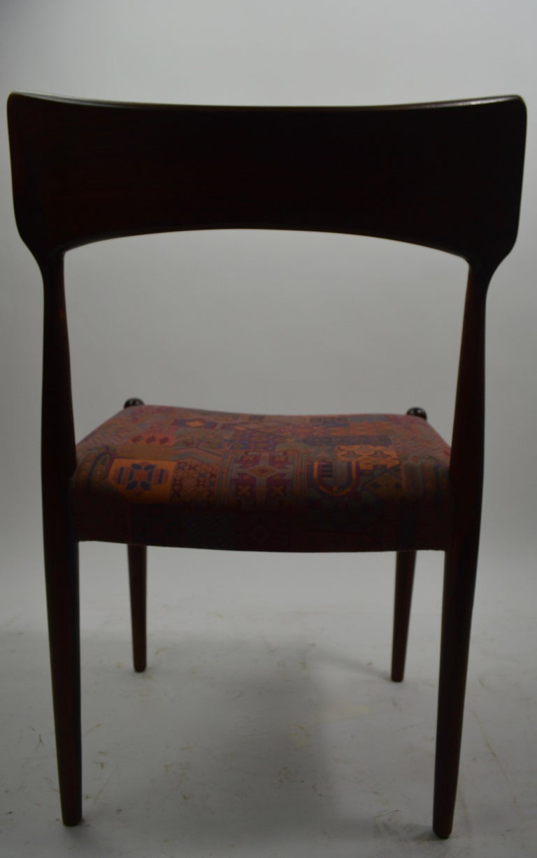 Set of Four Danish Mid Century Dining Chairs in Rosewood Attributed to AM Mobler In Good Condition For Sale In New York, NY