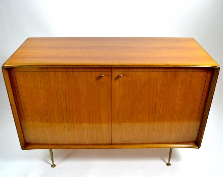Elegant Mid Century Two-Door Chifforobe Dresser after Ponti For Sale 3