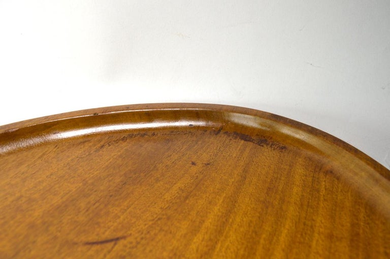Handmade Mid Century Oval Tray In Good Condition For Sale In New York, NY