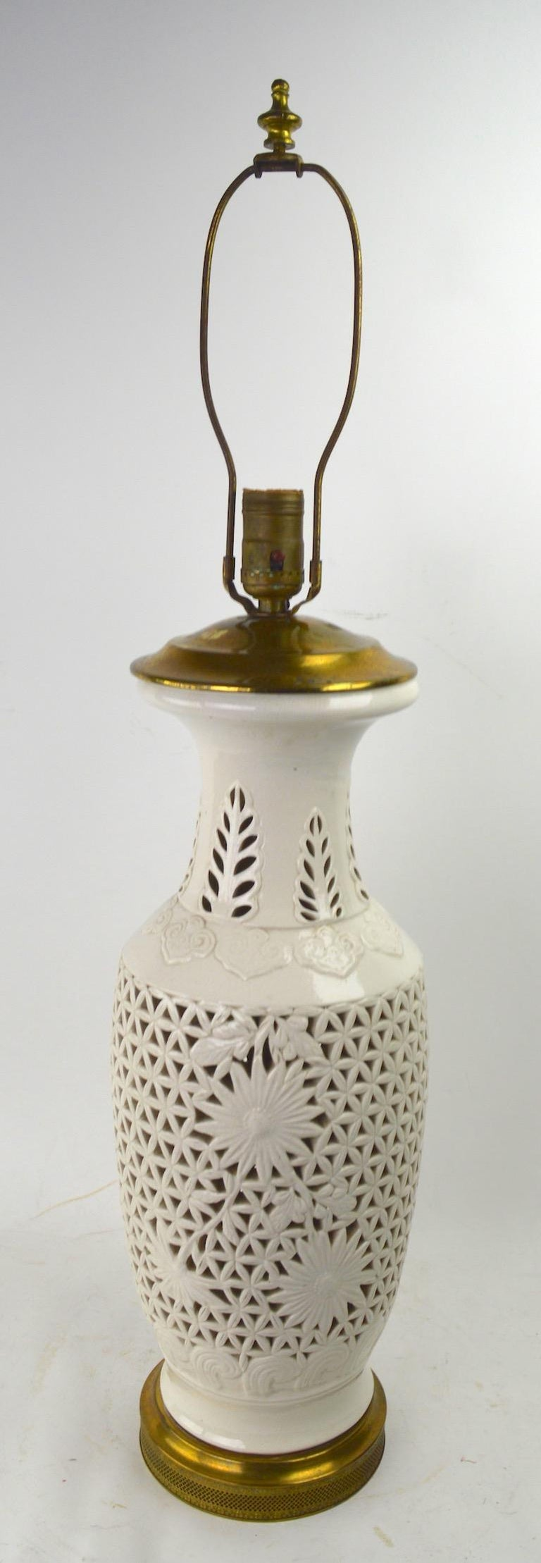 Hollywood Regency Reticulated Blanc de Chine Table Lamp For Sale