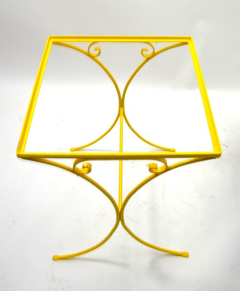 Wrought Iron Patio Side Table Attributed to Salterini In Good Condition For Sale In New York, NY
