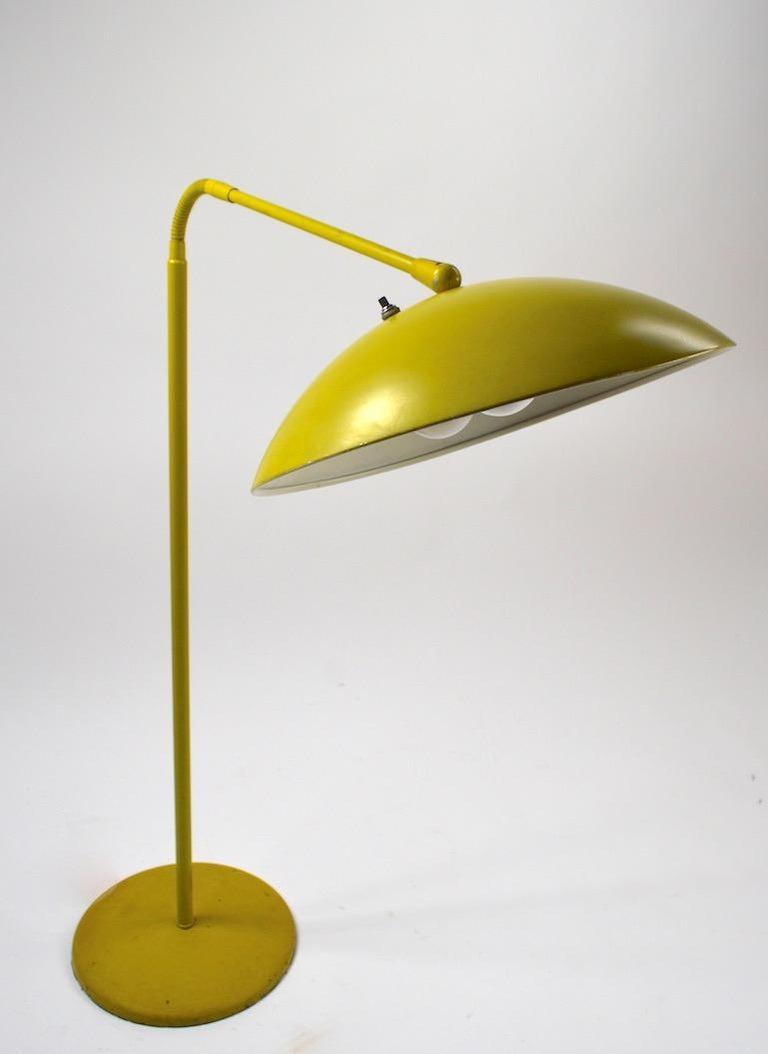 20th Century Mid Century Gooseneck Floor Lamp Attributed to Lightolier For Sale