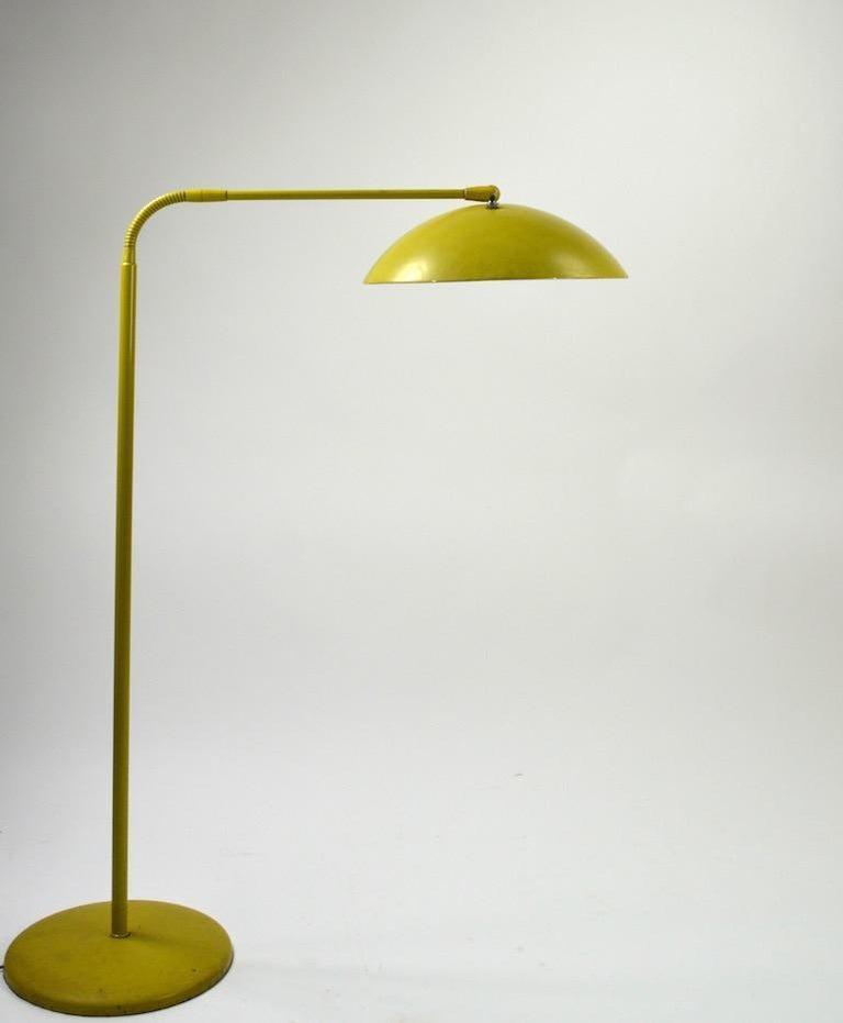 Mid Century Gooseneck Floor Lamp Attributed to Lightolier For Sale 2