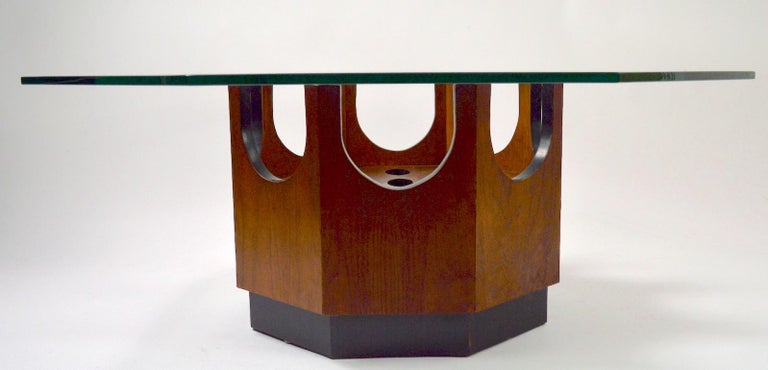 Octagonal Glass Top Table attributed to Probber For Sale 3