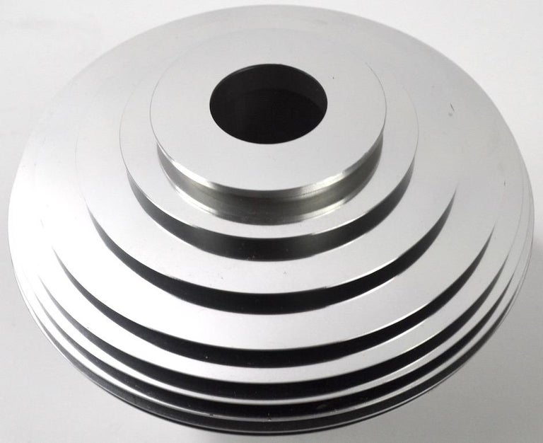 Saturn Vase by Avedis Baghsarian In Excellent Condition For Sale In New York, NY