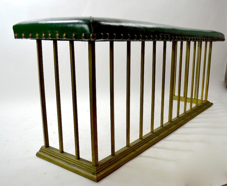 Club Bench Fireplace  Fender  For Sale 2