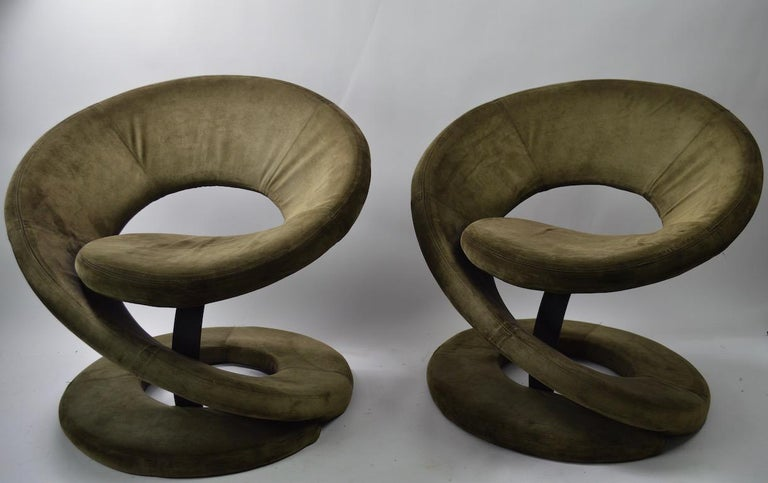 20th Century Pair of Postmodern Twist Chairs by Quebec 69 Jaymar Furniture For Sale