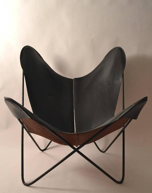 Mid-20th Century Slick Original Hardoy Butterfly in Black Leather For Sale