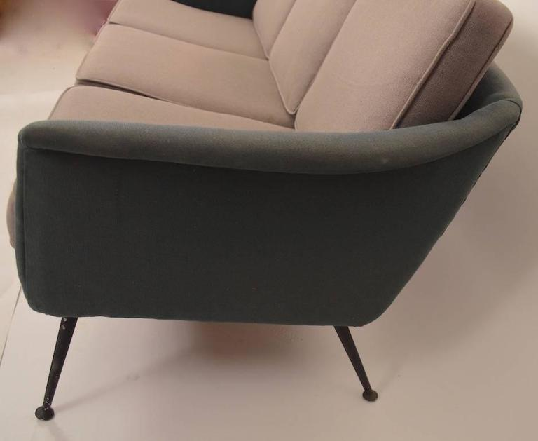 Atomic Style Mid-Century Modern Swedish Sofa In Good Condition For Sale In New York, NY