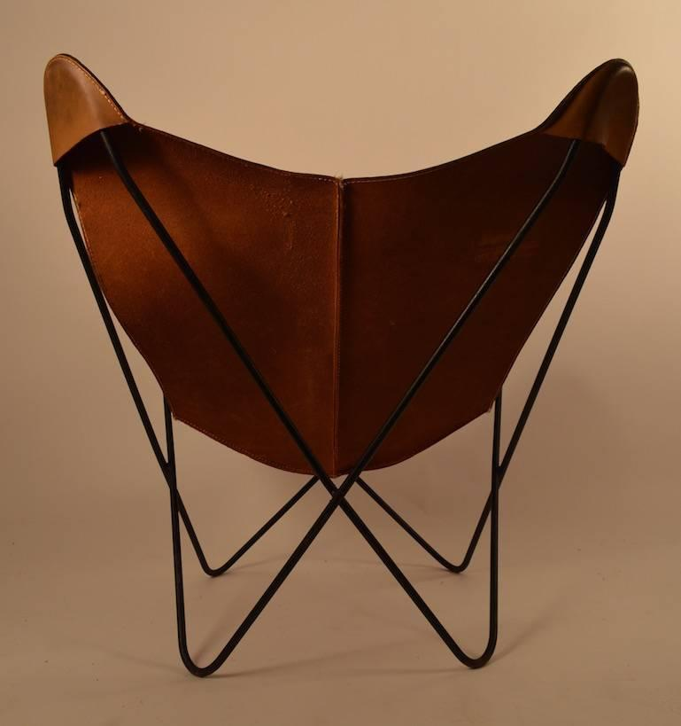 Leather Butterfly Hardoy Lounge Chair at 1stdibs