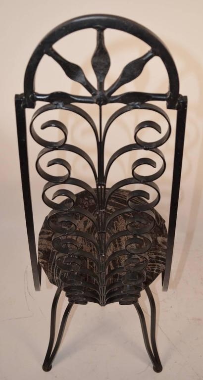 Stylish Wrought Iron Chair After Umanoff In Good Condition For Sale In New York, NY