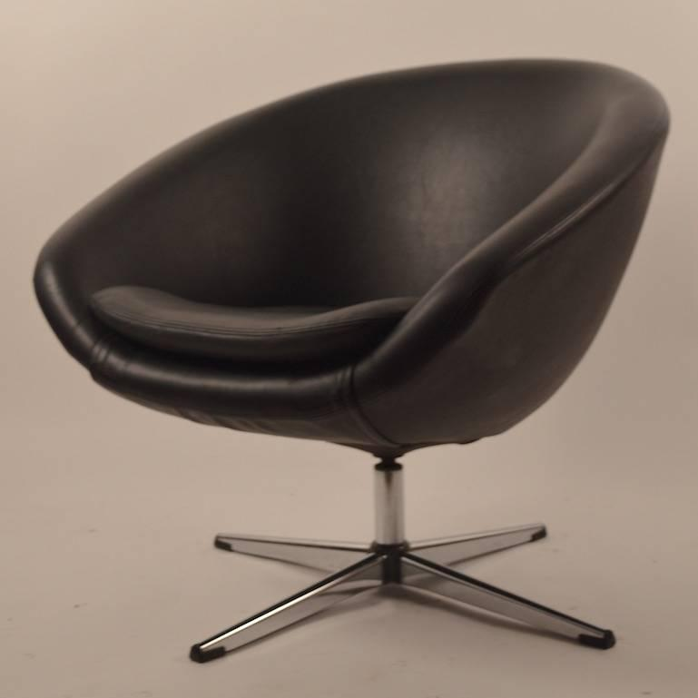 swivel chairs for sale single black overman swivel pod chair for at 1stdibs 5964