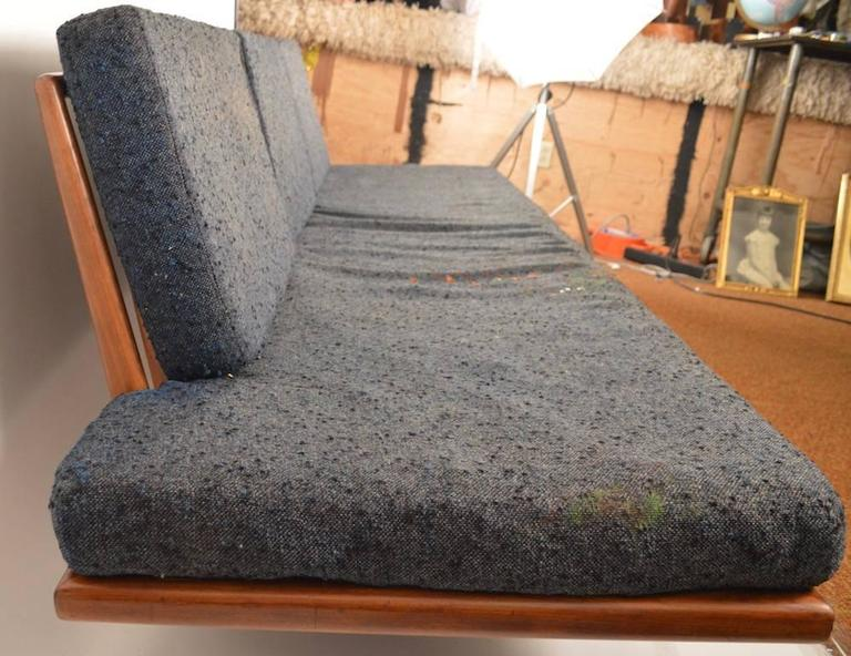 Mid-Century Modern Rare Smilow Daybed Couch For Sale