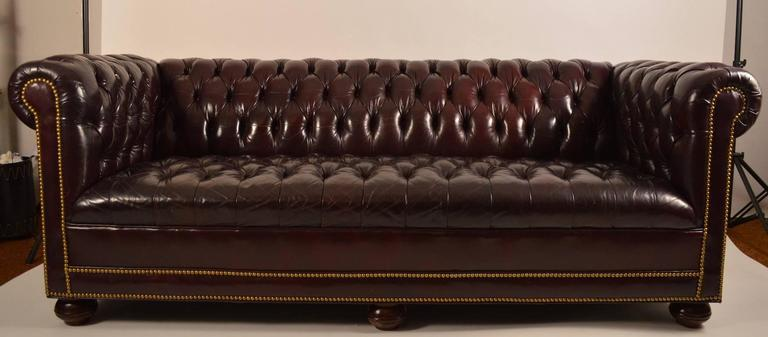Classic Leather Chesterfield Sofa For Sale at 1stdibs