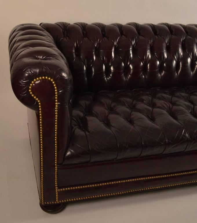 Leather Sofas Nyc: Classic Leather Chesterfield Sofa For Sale At 1stdibs