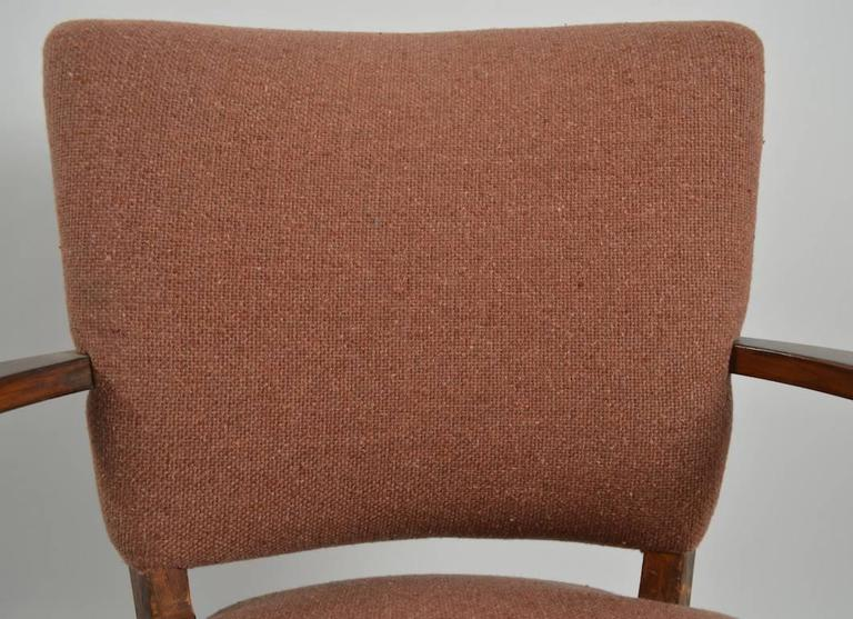 Stylish Pair of Armchairs In Good Condition For Sale In New York, NY