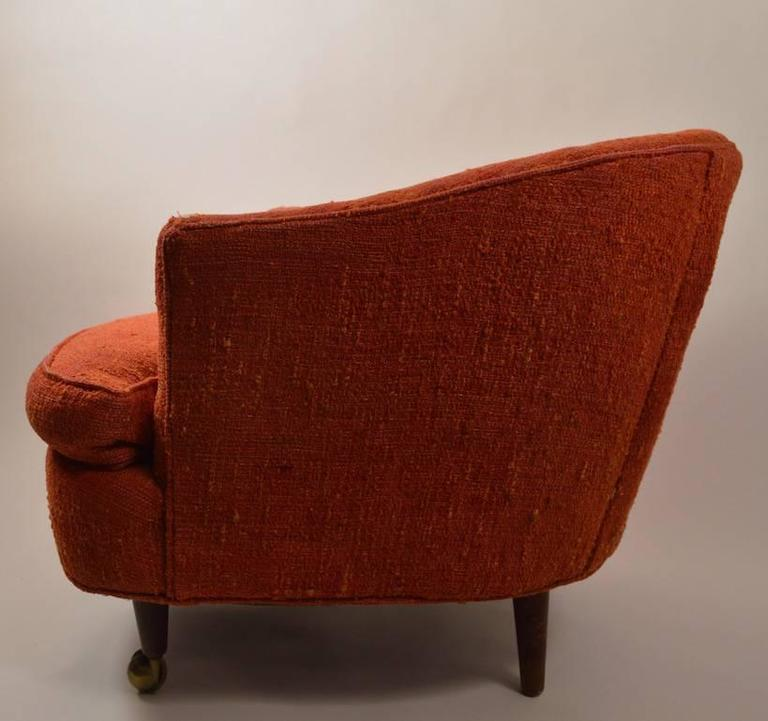 Pair Of W U0026 J Sloane Tub Chairs On Coasters In Good Condition For Sale In