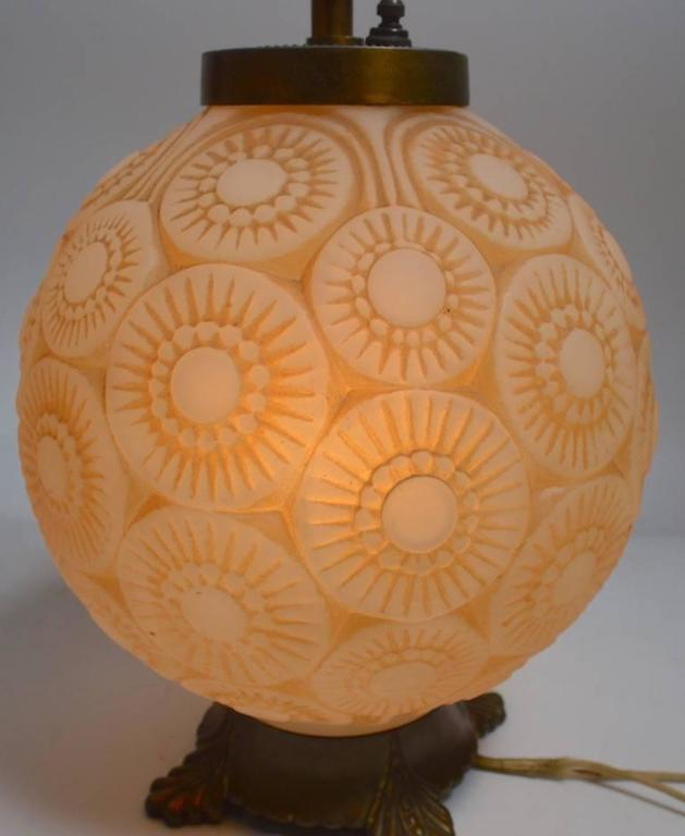 Art Deco Lamp after Lalique In Good Condition For Sale In New York, NY
