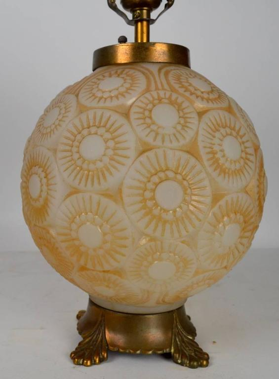 Mid-20th Century Art Deco Lamp after Lalique For Sale