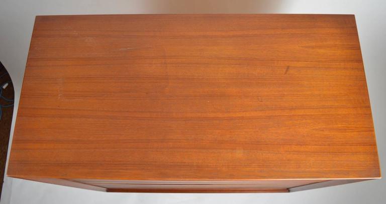 Seven-Drawer Danish Modern Chest Arne Vodder for Sibast For Sale 1