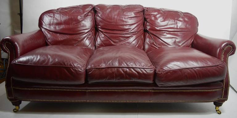 20th Century Classic Leather Sofa Couch For Sale