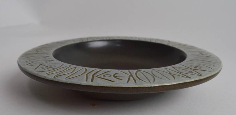 Scandinavian Modern Gustavberg Lisa Larson Paloma Bowl For Sale