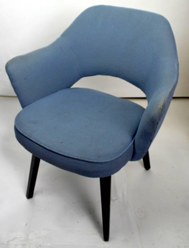 Early Saarinen Executive Dining Chair Armchair Version In Good Condition For Sale In New York, NY