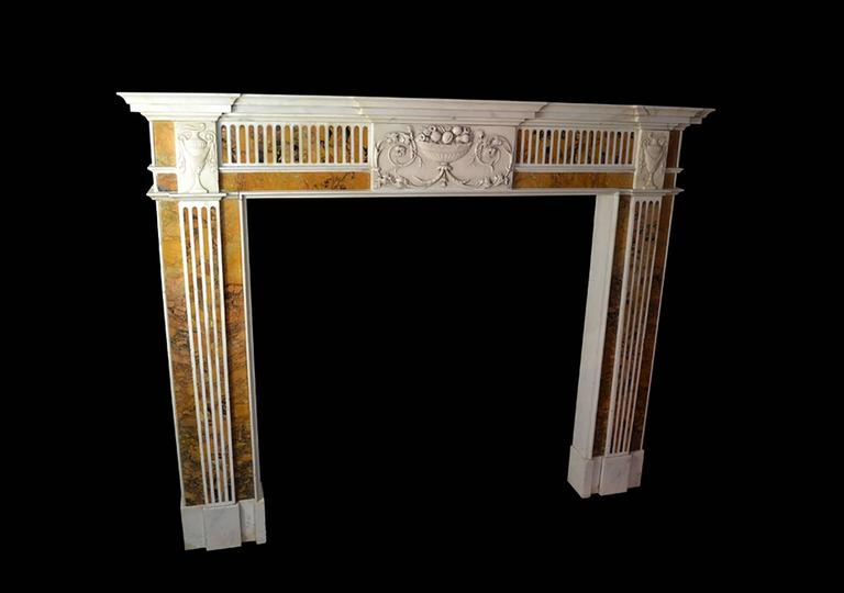 18th Century Irish Chimneypiece in Statuary Marble with Convent Siena Marble In Good Condition For Sale In New York, NY