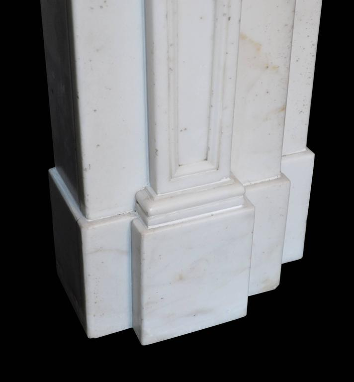 Carved 18th Century Statuary Marble Mantel with Wedgewood Panel Inlay (GEO-ZE38) For Sale