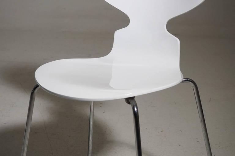 Arne Jacobsen Designed Set of Ten White Danish Modern Ant Chairs, 1976-86 5