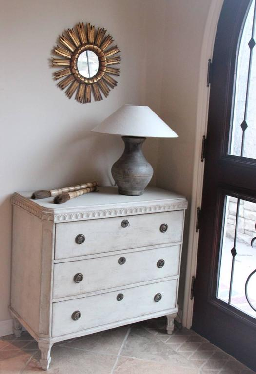 Pine Swedish Gustavian Style Pair of Painted Bedside Chests For Sale