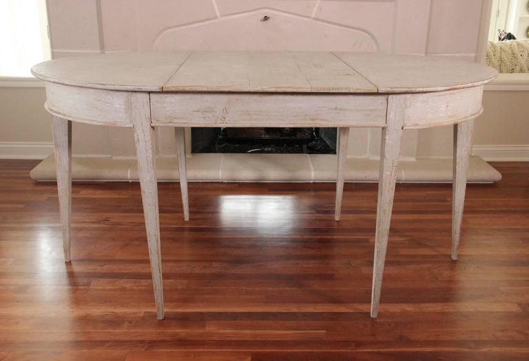 19th Century Swedish Gustavian Period Extension Dining Table For Sale 3