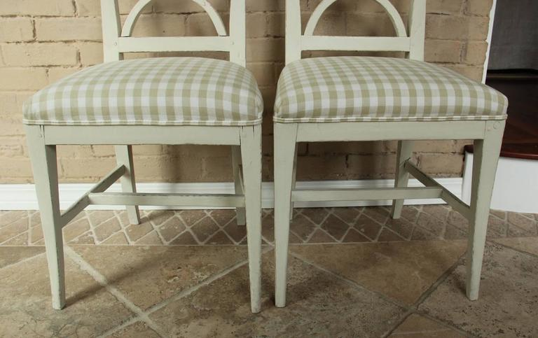 19th Century Swedish Pair of Gustavian Style Side Chairs For Sale 1