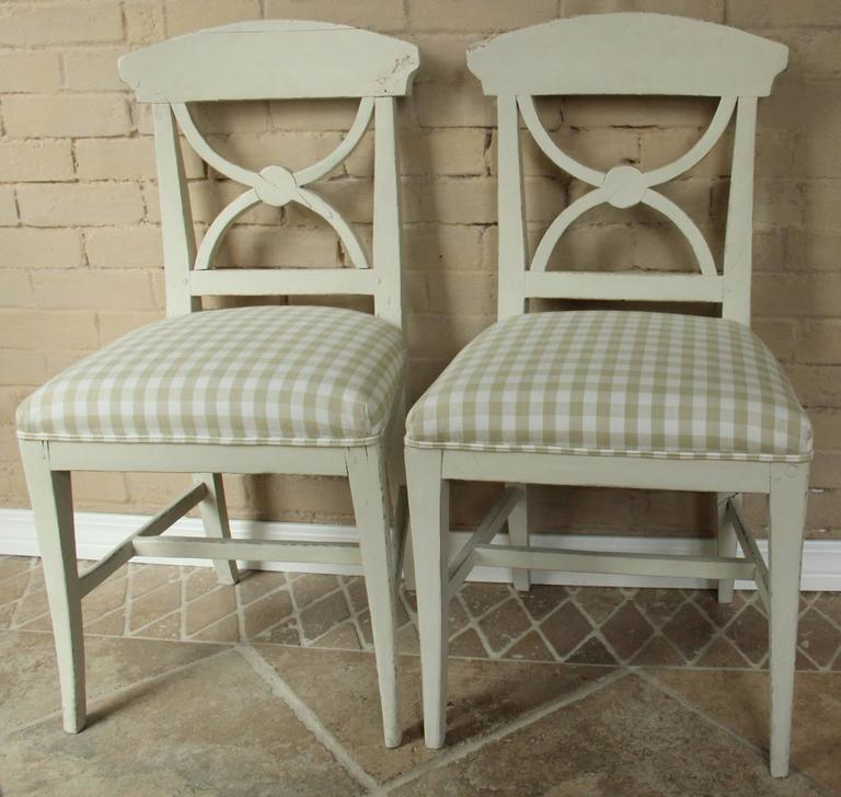 19th Century Swedish Pair of Gustavian Style Side Chairs In Good Condition For Sale In Wichita, KS