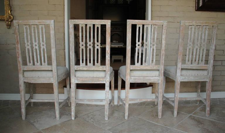 Set of Four 18th Century Swedish Gustavian Square Back Chairs in Original Paint  For Sale 2