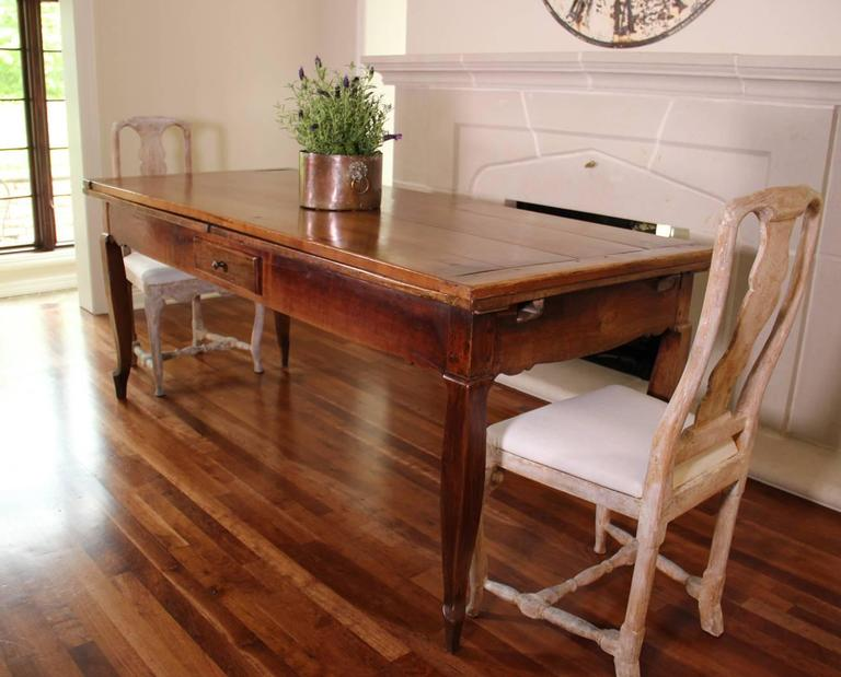 18th Century French Louis XV Antique Cherrywood Double Extension Farmhouse Table 2