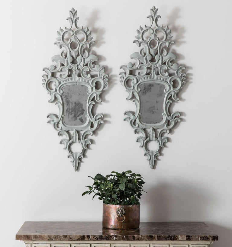 19th Century Pair of Venetian Mirrors Appliqués with Original Mirror Plate   For Sale 3