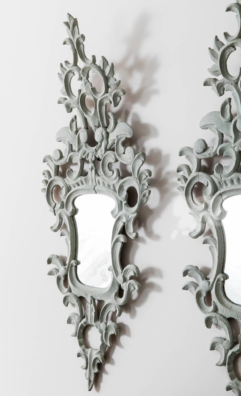 19th Century Pair of Venetian Mirrors Appliqués with Original Mirror Plate   In Excellent Condition For Sale In Wichita, KS