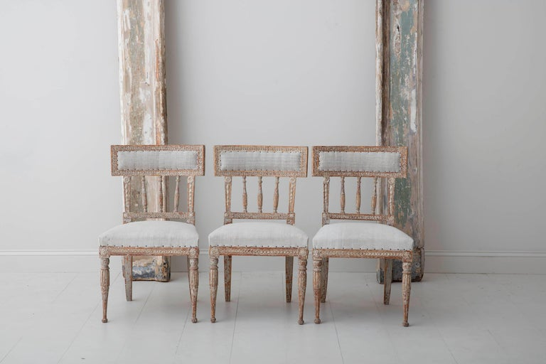 19th Century Set of Six Swedish Gustavian Period Chairs in Original Paint For Sale 4