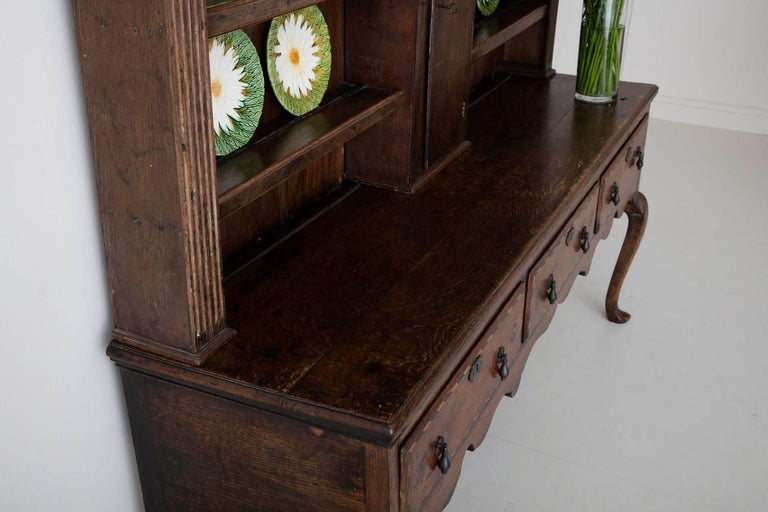 18th Century English Georgian Hutch, Welsh Dresser in Two Parts For Sale 13