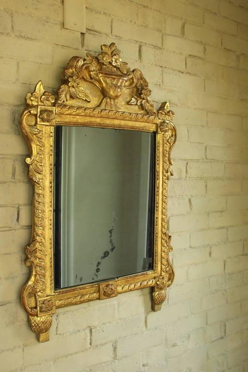 french louis xvi richly carved gilt mirror for vanity or wall 18th century at 1stdibs. Black Bedroom Furniture Sets. Home Design Ideas