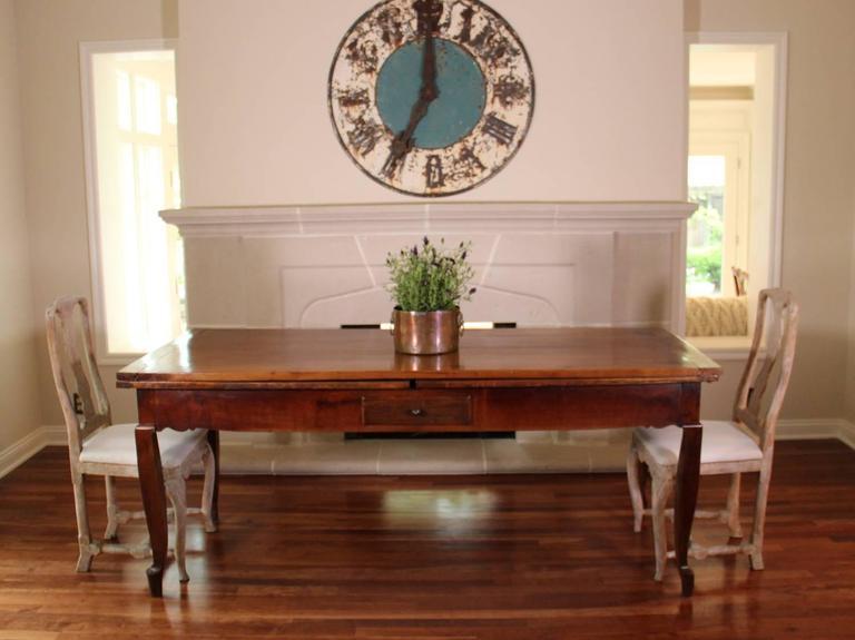 18th Century French Louis XV Antique Cherrywood Double Extension Farmhouse Table 3