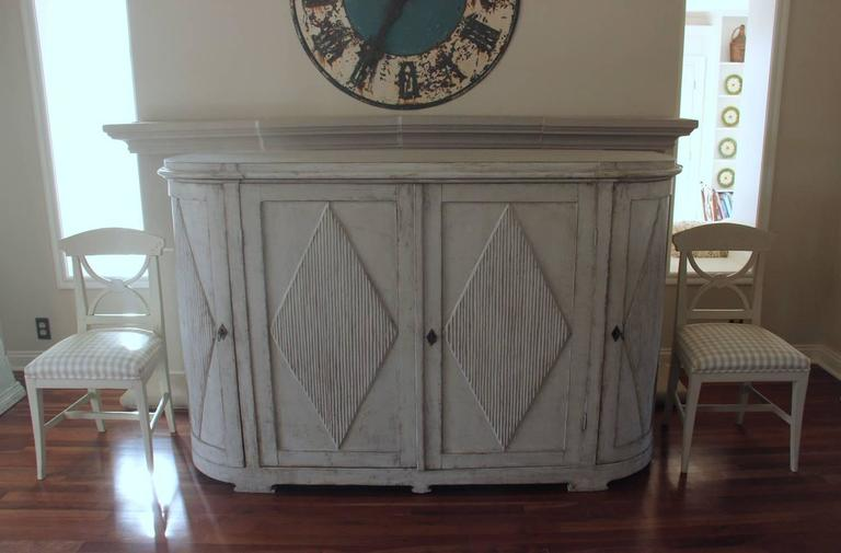 19th Century Swedish Gustavian Painted Sideboard Cabinet with Reeded Lozenges 5