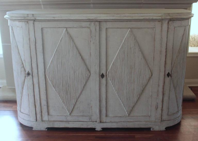 19th Century Swedish Gustavian Painted Sideboard Cabinet with Reeded Lozenges 7
